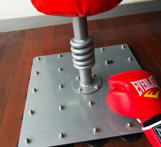 punching bag stand manufacturer